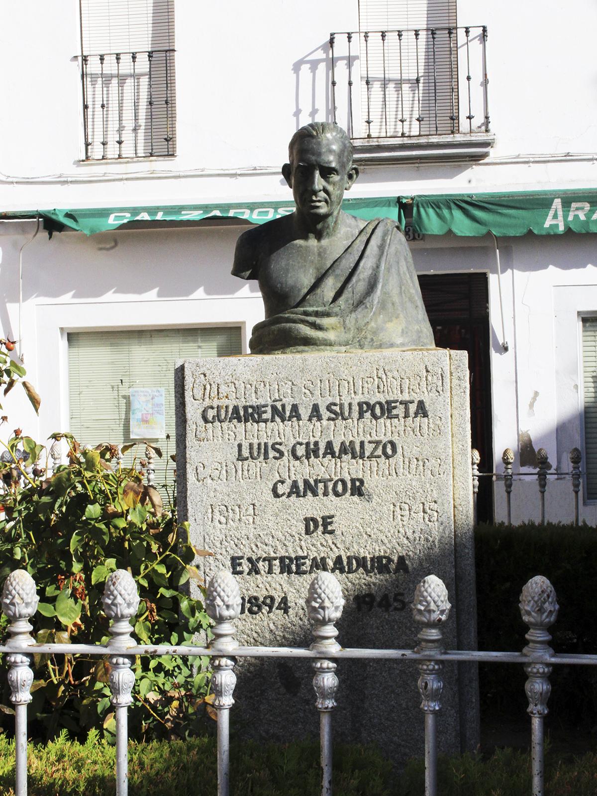 Busto de Luis Chamizo