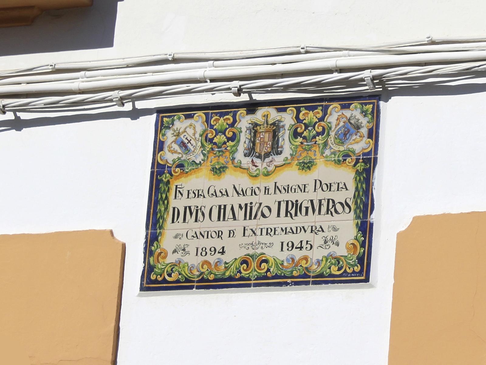 Placa en la Casa de Luis Chamizo