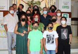 El Ayuntamiento de Guareña recibe a integrantes del elenco de Las Suplicantes antes de su estreno en el Festival Internacional de Teatro de Mérida