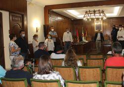 El Ayuntamiento hace entrega de viviendas de protección oficial a los vecinos propietarios del municipio