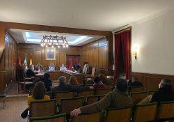 El Pleno del Ayuntamiento de Guareña aprueba la concesión de 20.000 euros para la campaña de navidad y el fomento del comercio y la hostelería local del municipio
