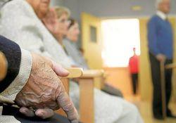 La Junta de Extremadura suspende el servicio de Ayuda a Domicilio para evitar contagios del COVID-19