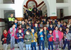 El Ayuntamiento de Guareña abre sus puertas a los niños del C.P. San Gregorio en una clase práctica sobre municipalidad